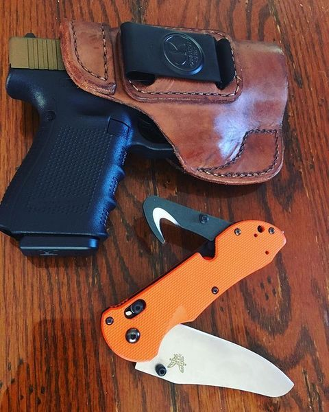 Benchmade - #edc #glock19 #benchmade #knives #guns