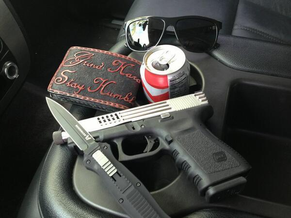 Benchmade - RT Thegarageinc: On the way to work.. #glock #benchmade pic.twitter.com/9SYguPLlEz