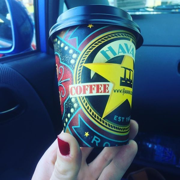COFFEEUFEEL - New Zealand has great coffee cup designs ! #hawkesbay #newzealand #colour #color #colourful #colorful #coffee #morningcoffee #flatwhite #coffeecup...